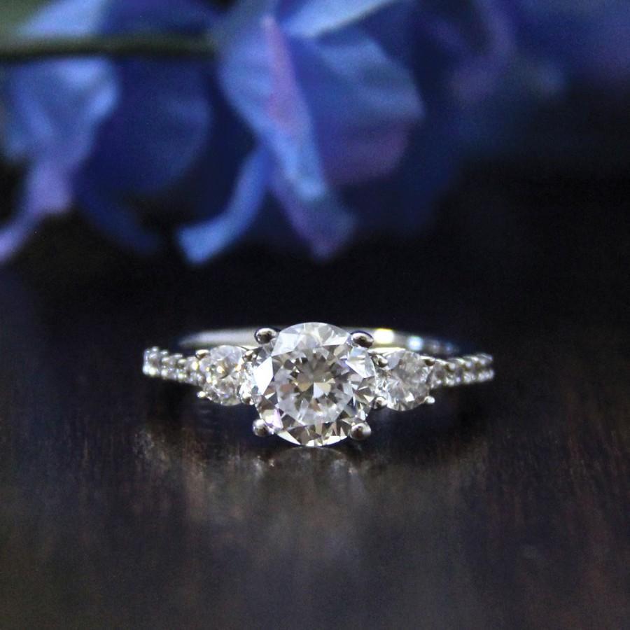 Свадьба - 1.33 ct.tw Three-Stone Engagement Ring-Brilliant Cut Diamond Simulant-Bridal Ring-Wedding Ring-Anniversary Ring-Sterling Silver [0219]