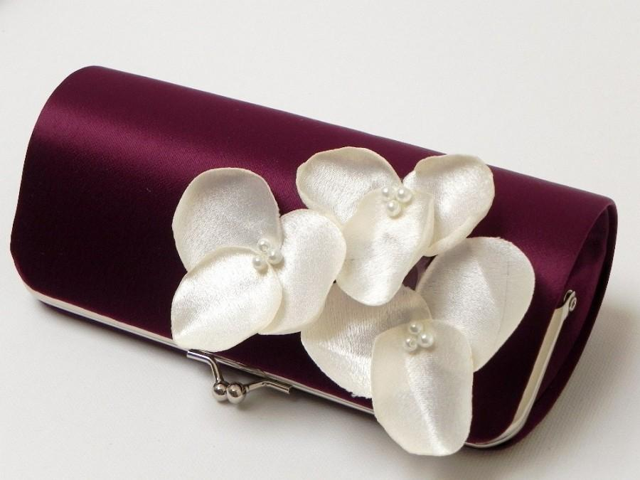Hochzeit - Eggplant Bridesmaid Clutches or Bridal Clutch with Ivory Flower Blooms - Bouquet Clutch - Kisslock Snap - Plum, Royal Purple & Eggplant