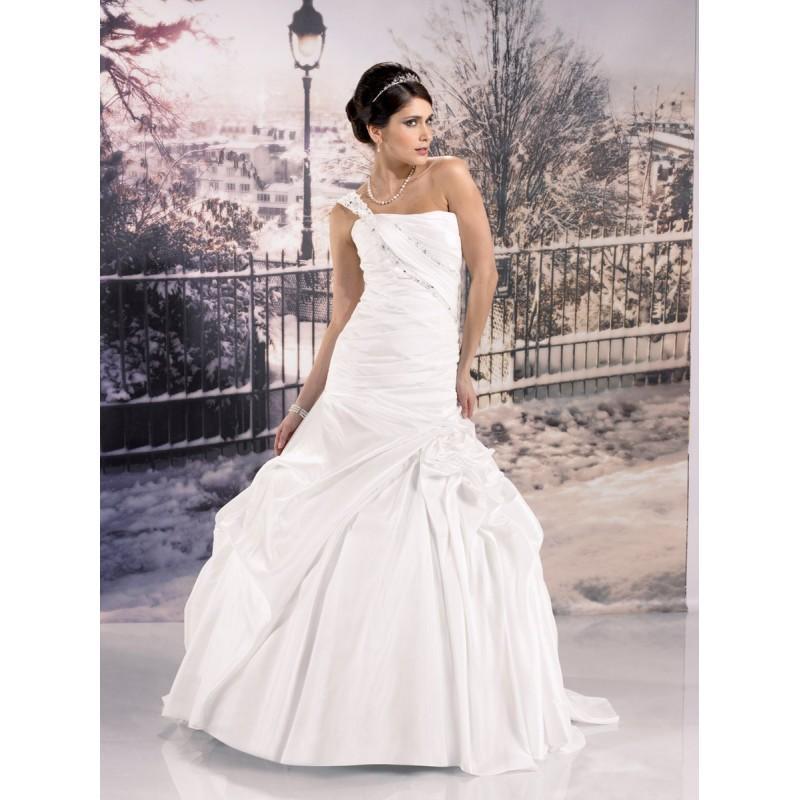 Hochzeit - Miss Paris, 133-34 ivoire - Superbes robes de mariée pas cher