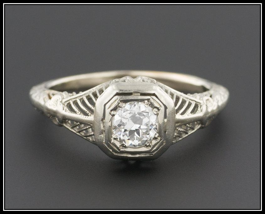 Mariage - Art Deco Diamond Engagement Ring, 14k White Gold Filigree