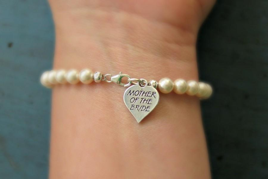 Mariage - Mother of the Bride Pearl Bracelet Sterling Silver charm Mother of the Groom Gift Wedding Jewelry