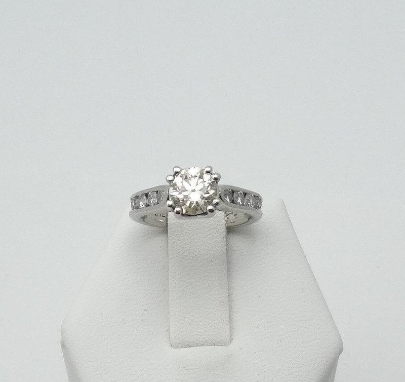 Wedding - Dazzling 1.01 Carat Center Diamond in a Platinum and Diamond Ring -GR1