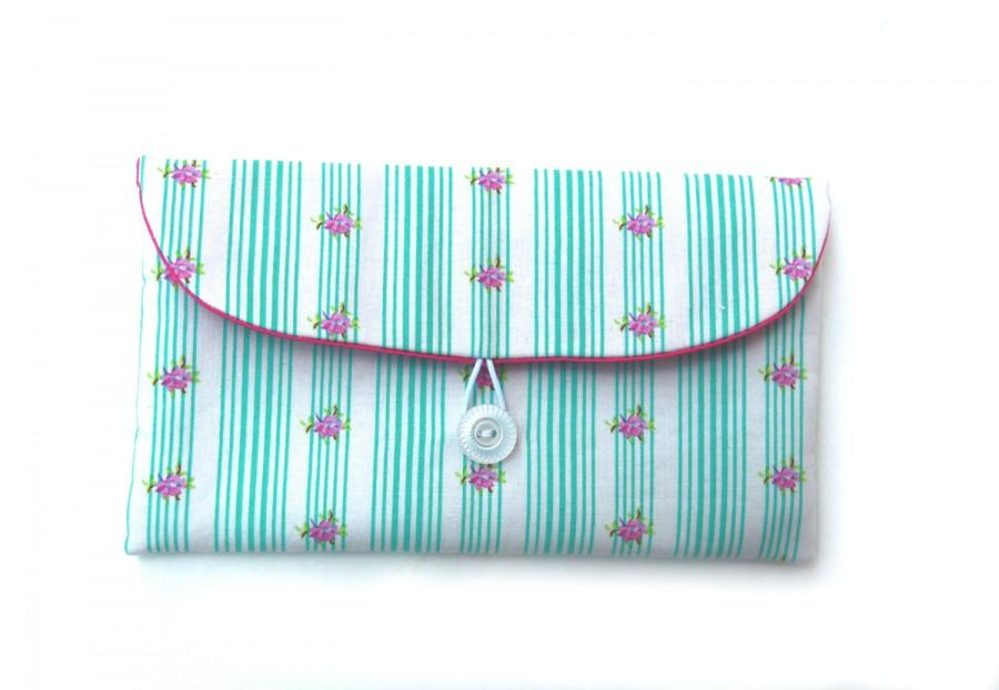 Mariage - White Clutch Bag, Vintage Style Bridesmaid Clutch - Makeup Bag - Clutch With Button -  With Bluegreen Stripes & Fushia Flowers, Gift for Her
