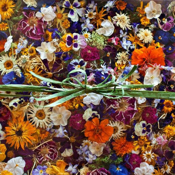 How To Decorate Real Dry Flowers
