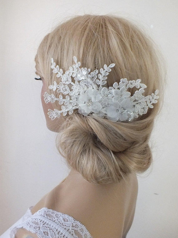 Boda - free ship ivory lace headpiece Hair comb Ivory Beaded lace floral wedding hair piece bride hair comb