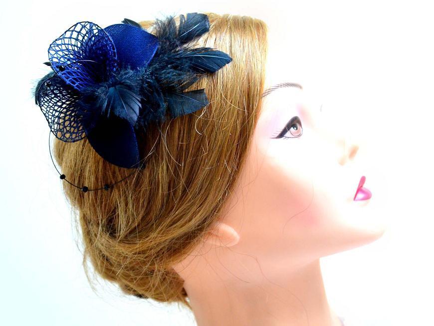 Navy blue feather fascinator Wedding headpiece Bridesmaid feather  fascinator Navy blue feather hair piece Wedding hair accessories 2230e979a41