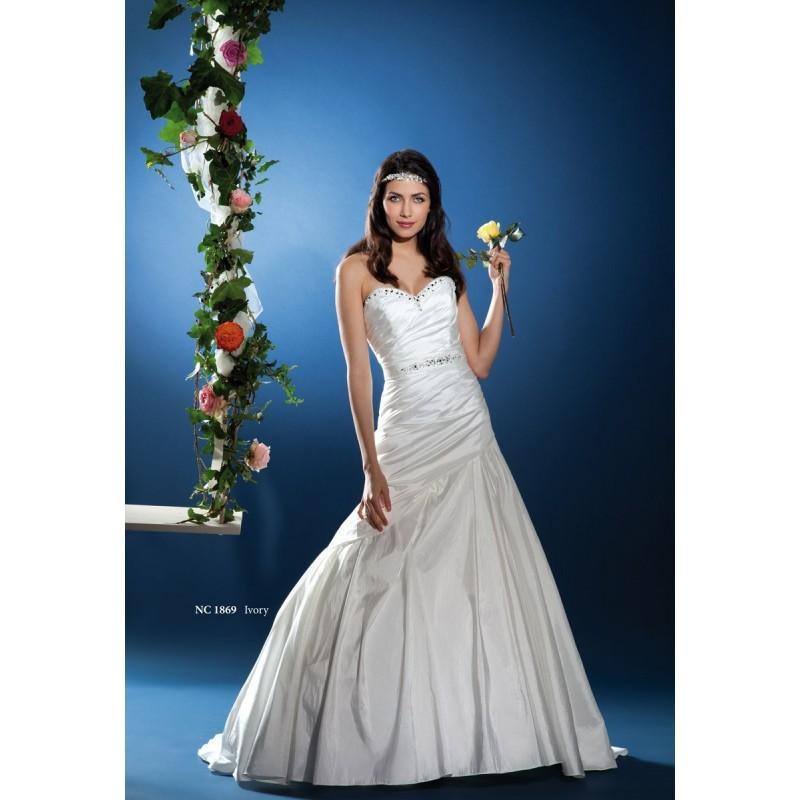 Wedding - Nana Couture, NC 1869 - Superbes robes de mariée pas cher