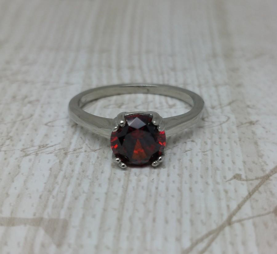Mariage - Genuine Garnet 1.5ct solitaire ring in Titanium or White Gold - engagement ring - wedding ring - handmade ring
