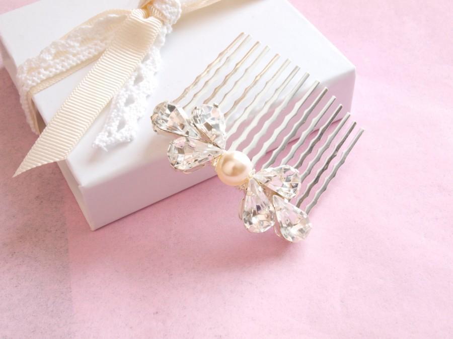 Свадьба - Rhinestone Bridal Comb Sparkly Wedding Hair Comb Swarovski Crystal Ivory Pearl Hair Accessories Bridesmaid Hair Pin Etsy UK  Angel Vintage