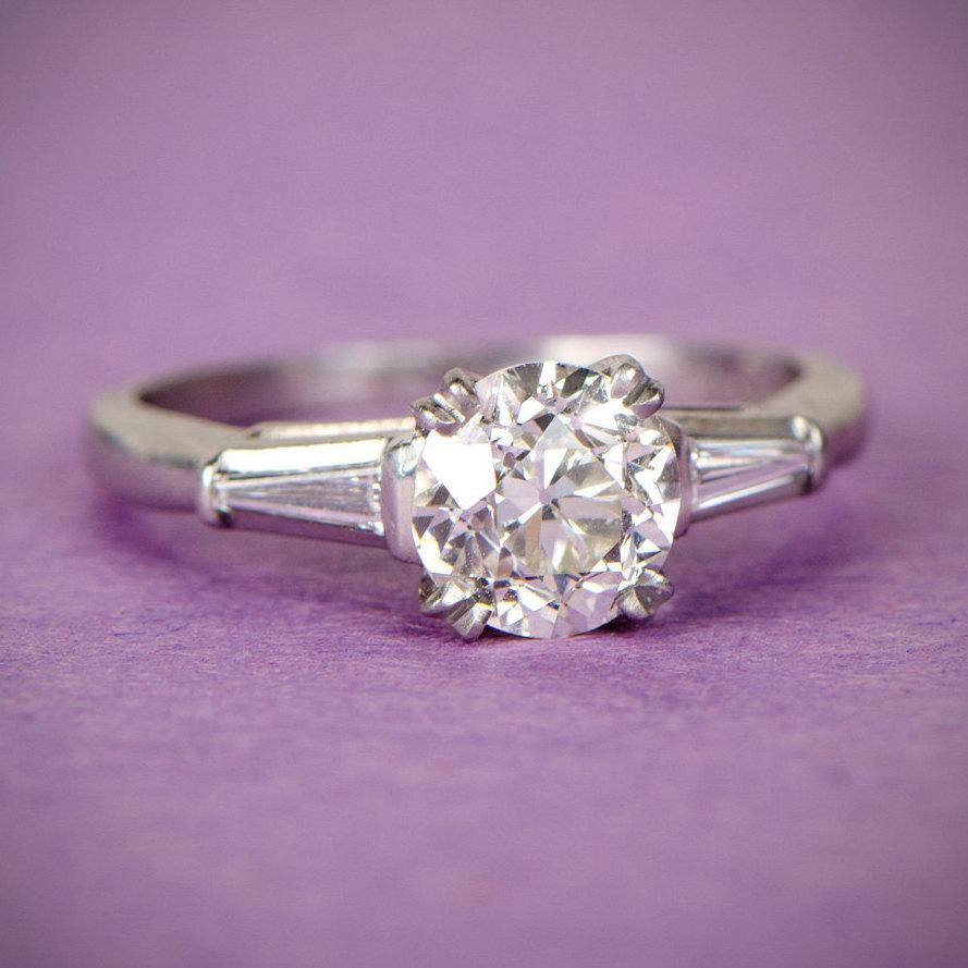 Mariage - Antique 1.13 Carat Art Deco Engagement Ring. Circa 1920