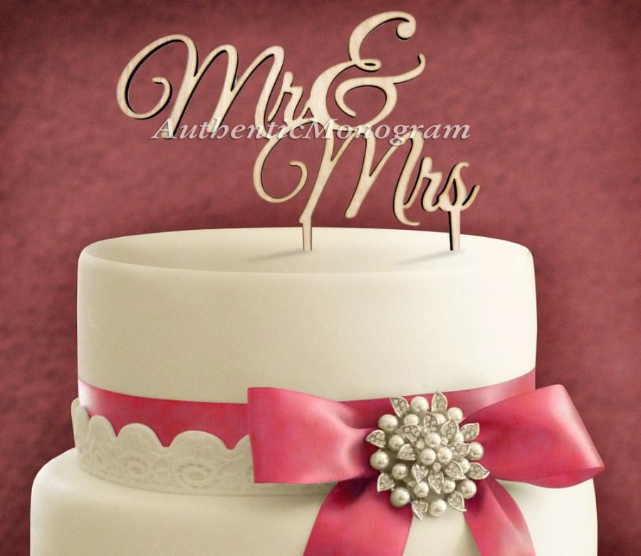 """Mariage - 6"""" Wooden painted Cake Topper """"Mr & Mrs"""" Wedding decor, Anniversary, Initial Monogram, Celebration, Special Occasion, Love Gift 4102"""