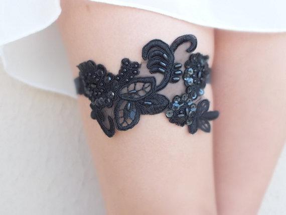 Wedding - free ship black lace garter , bridal garter, floral garter, garter, floral garter, toss garter, wedding garter