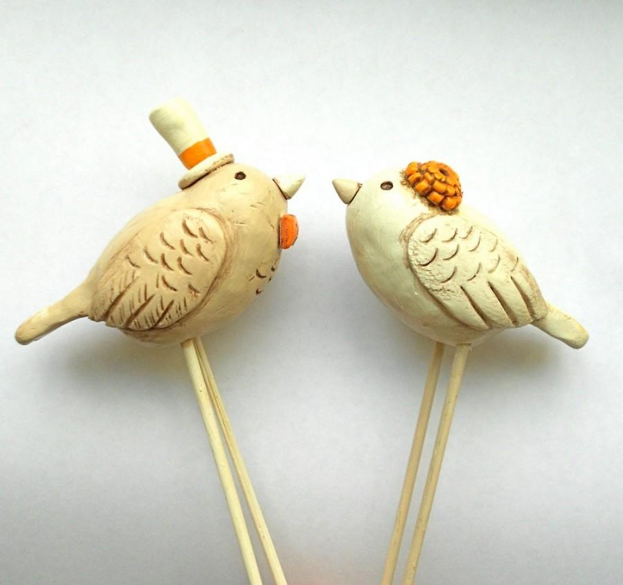 Свадьба - Neutral Birds in lLove Wedding cake topper Rustic Wedding Ivory Linen and Tangerine