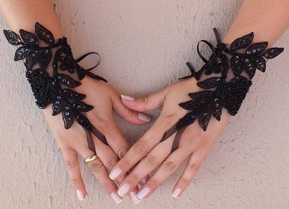 Wedding - Free ship, Ivory black white Wedding gloves french lace gloves bridal gloves lace gloves fingerless gloves ivory gloves free ship