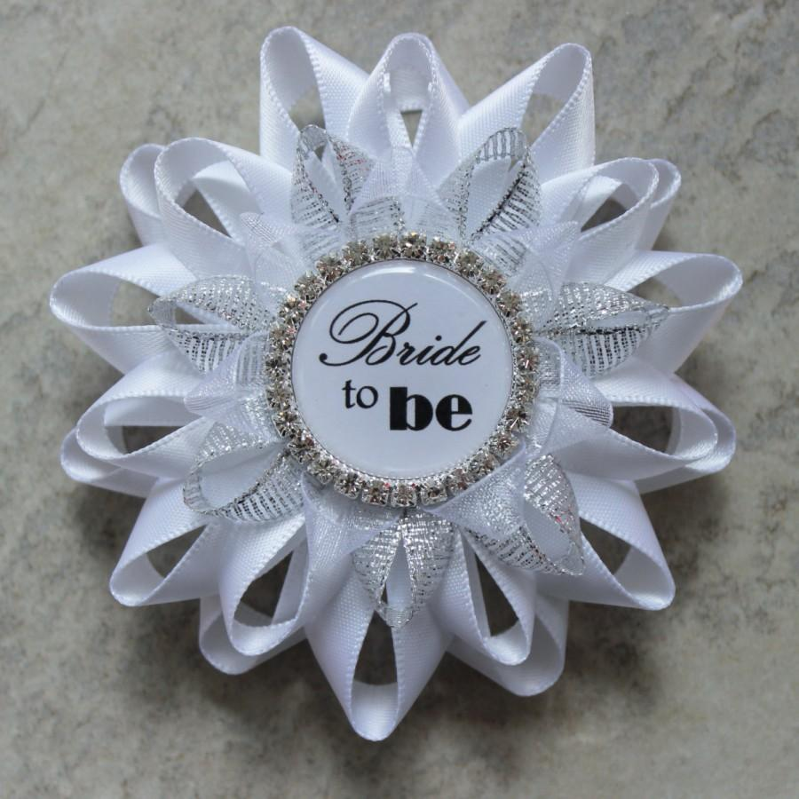 Hochzeit - Bridal Shower Decorations, Bride to Be Pin, Bride to Be Corsage, Bridal Shower Corsage, Sister of the Bride, Maid of Honor, Aunt, Mother