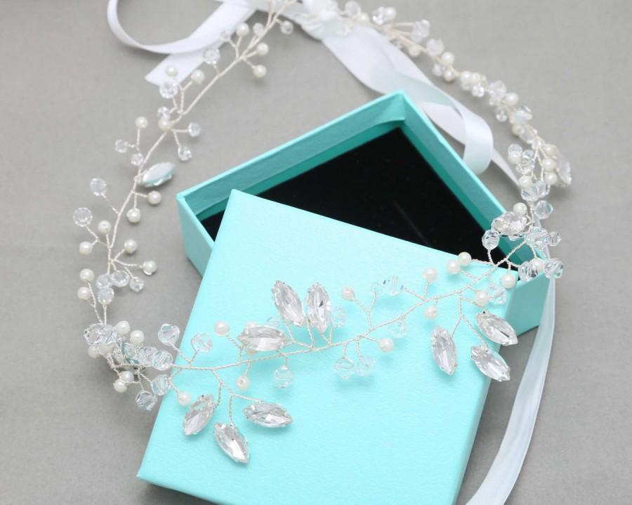 Свадьба - Pearl Flower Crown, Bridal Flower Crown, Wedding Tiara With Pearls, Wedding Flower Headpiece, Rhinestone Tiara
