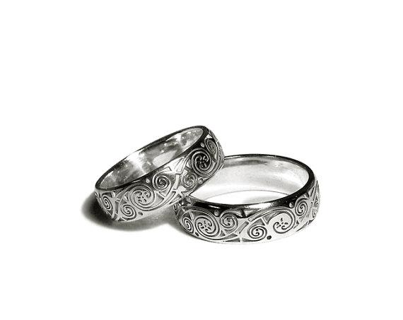 Hochzeit - Silver Wedding Rings Book of Kells
