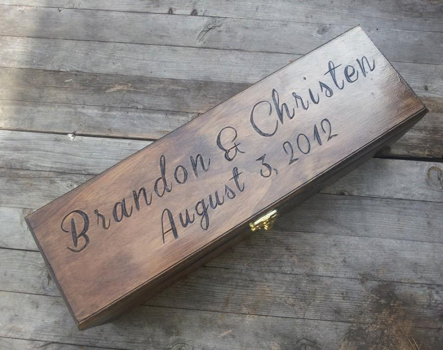Mariage - Custom Engraved and Personalized Wedding Wine Box, First Fight Box, Memory Box, Time Capsule for Wedding Day, Anniversary, Special Occasion