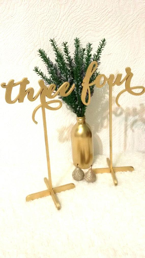 Boda - SALE Set 5 Gold Table Numbers with base. Freestanding Wedding Numbers. Table numbers.