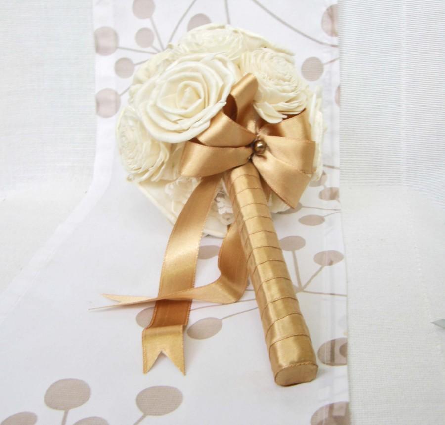 Mariage - Bridal Bouquet or Bridesmaid bouquet , Wedding Cream /Gold  Bouquet, Sola flowers