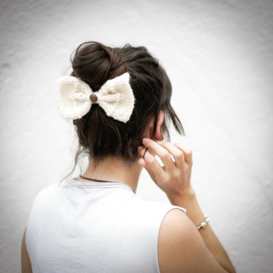 Wedding - Hand Knitted Bow, Hair Bow, White Hand knit Bow, Bow with Button
