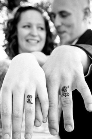 Mariage - Best Couple Tattoo Designs - Our Top 10 - Ladiestylelife.com