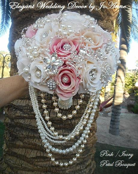 Mariage - CLASSIC JEWELRY BOUQUET, Pink and Ivory Jeweled Brides Bouquet, Custom Bouquet, Pretty Jeweled Bouquet, Rose Bouquet, Brooch Bouquet