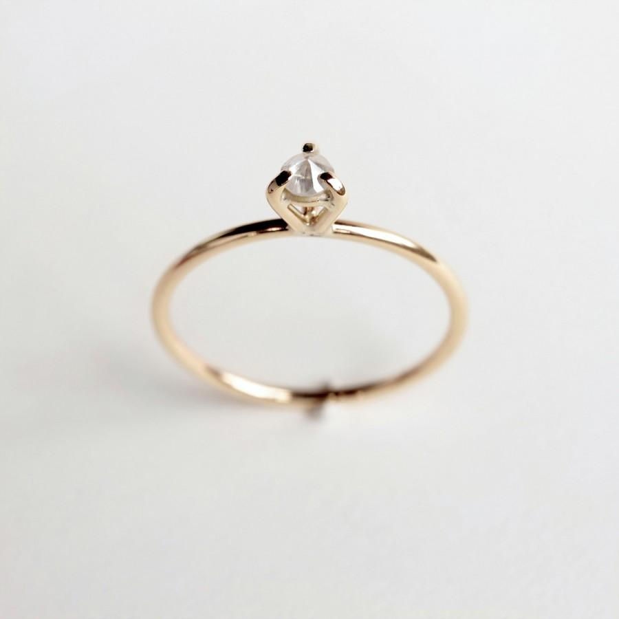 Wedding - Eye 02 . diamond gold ring
