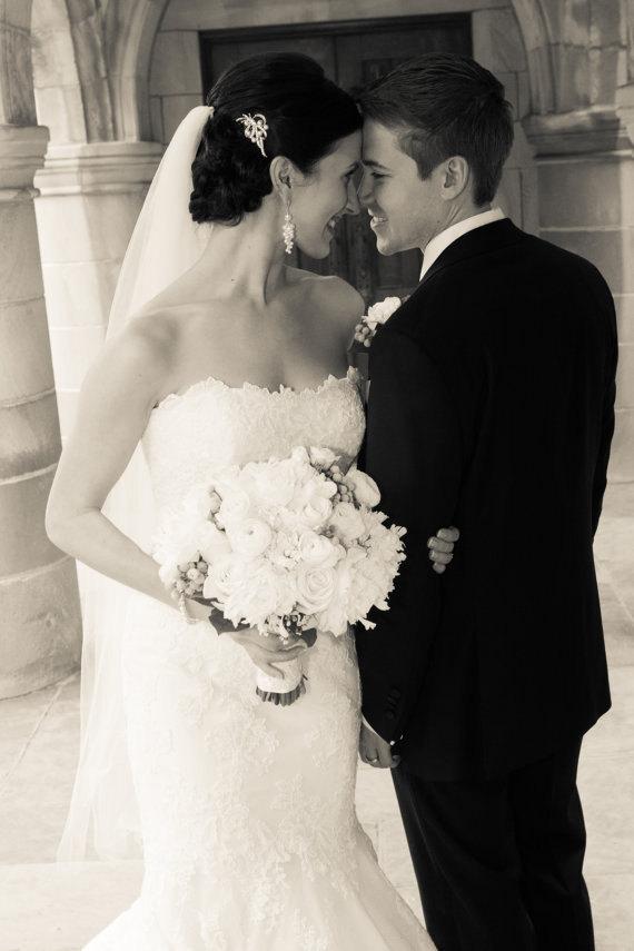 Mariage - Swarovski Crystal and Pearl Bridal earrings, Long Wedding Earrings, Cluster Chunky Earrings, Lindsey Earrings