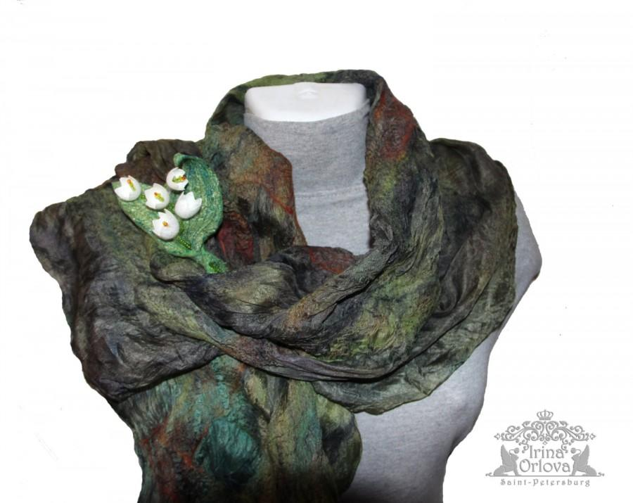 Mariage - Nuno Felted Scarf Green Felted Scarves Dark Green Felted Scarf  Felt Wrap Silk Felted Scarf Soft Felt Wool Women Gift for Her Ready to Ship