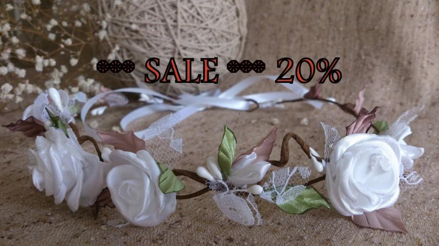 Mariage - SALE White flowers wreath,White Rose Flower Crown,wedding headpiece, woodland flower, bridal hair flower,rustic wedding,bridesmaid headpiece