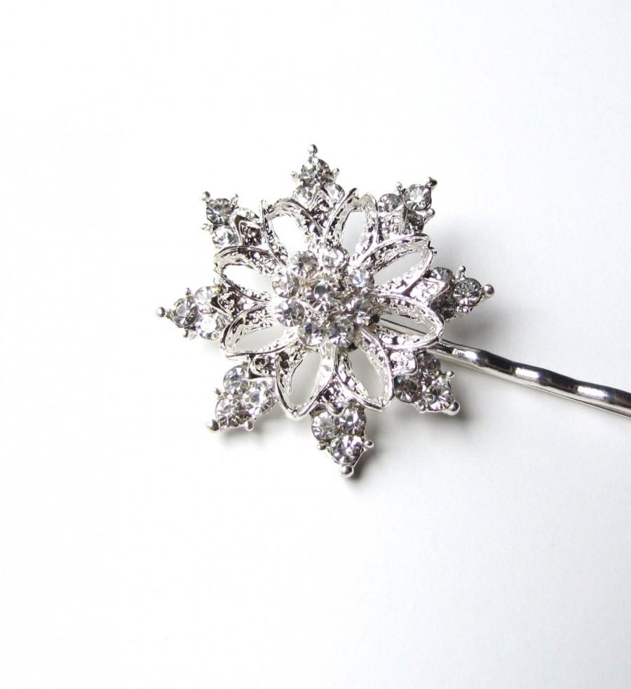 Mariage - Winter Wedding Snowflake Wedding Hair Pin, Rhinestones Silver Tone, Crystal Christmas Bobby Pin, Frozen Frost