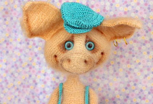 Amigurumi Pig : Crochet piggy stuffed toy hand knitted pig amigurumi pig toy wool