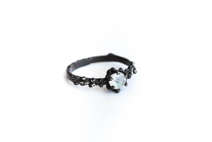 Свадьба - Moonstone barnacle engagement ring, nature moonstone engagement ring, nature ring