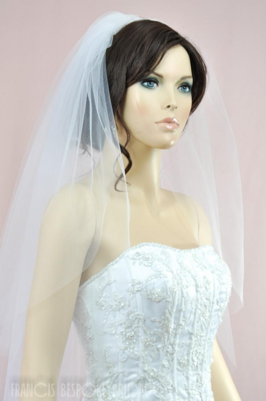 Mariage - wedding bridal veil 2 tier, Bridal Illusion Tulle white, ivory or champagne, Double Layer veil, Elbow Length