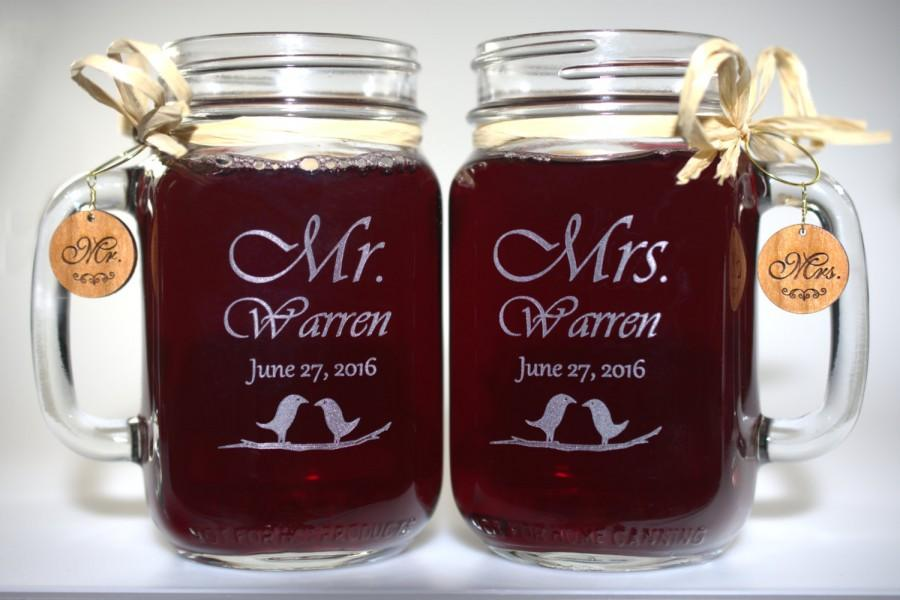 Свадьба - Mr and Mrs Mason Jars, Love Bird - Choice of 21 Fonts - Left or Right Handles
