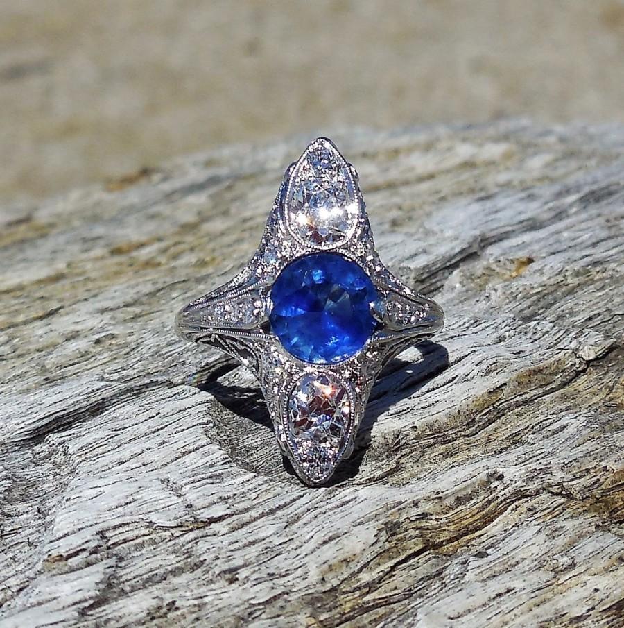 Mariage - Vintage Antique 2.56ct Blue Sapphire Old Mine Cut Diamond Unique Engagement Ring Art Deco Platinum 1920's