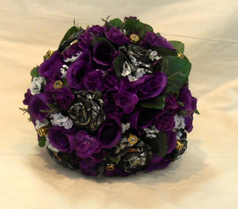 Camo Wedding Bouquet, Camo Bridal Bouquet, Camo Wedding, Purple Silk ...
