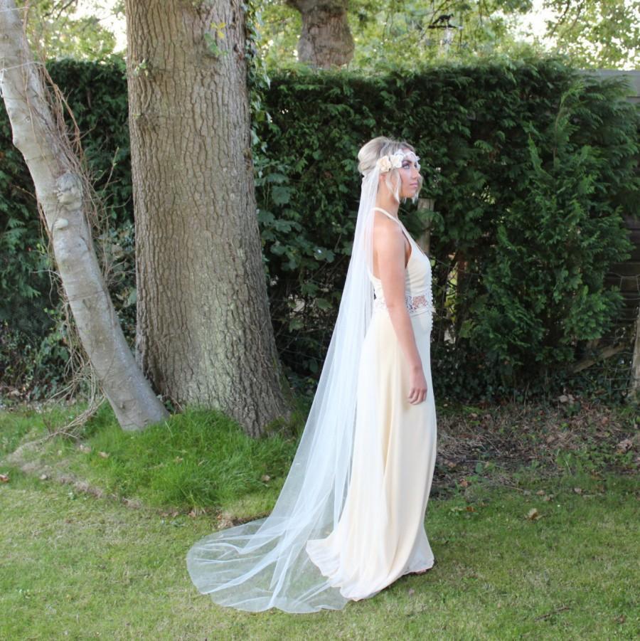 Свадьба - Boho veil, draped veil, wedding veil, beach wedding veil, single tier veil, draping veil, drape veil, raw edge, fingertip, chapel, cathedral