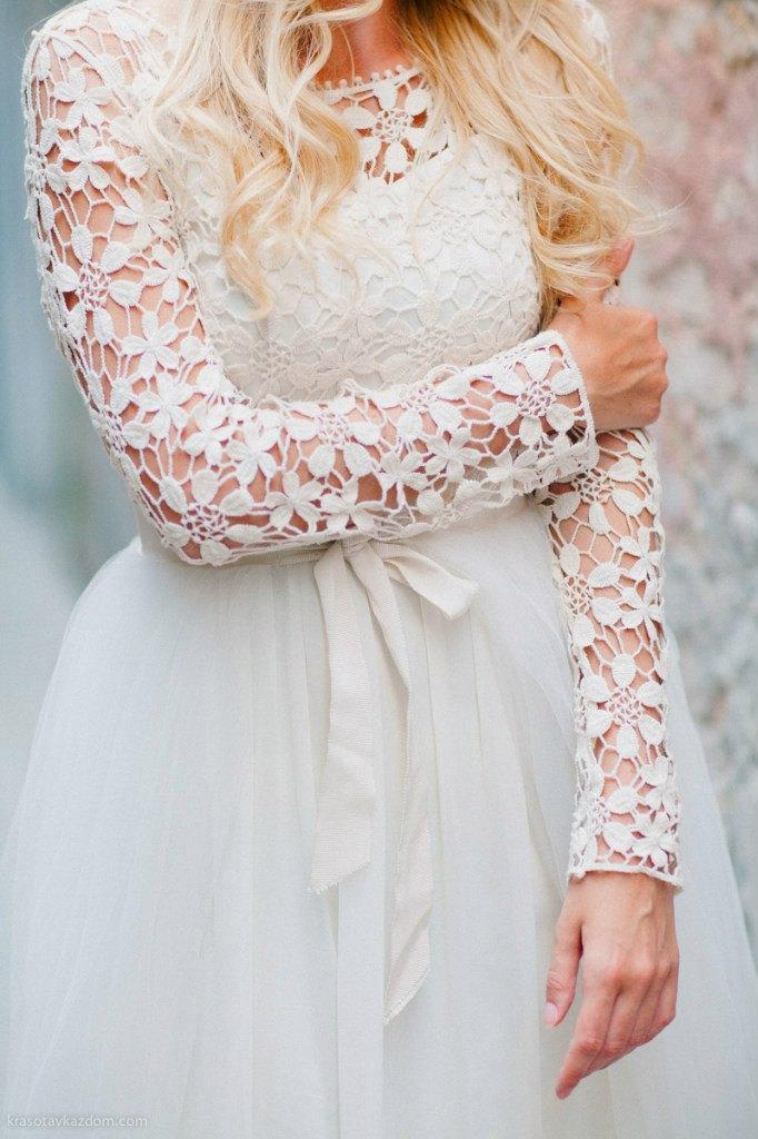 Свадьба - Wedding dress  Lace back wedding dress Romantic Wedding Dress Long Sleeve Wedding Dress vintage wedding dress elegant wedding gown