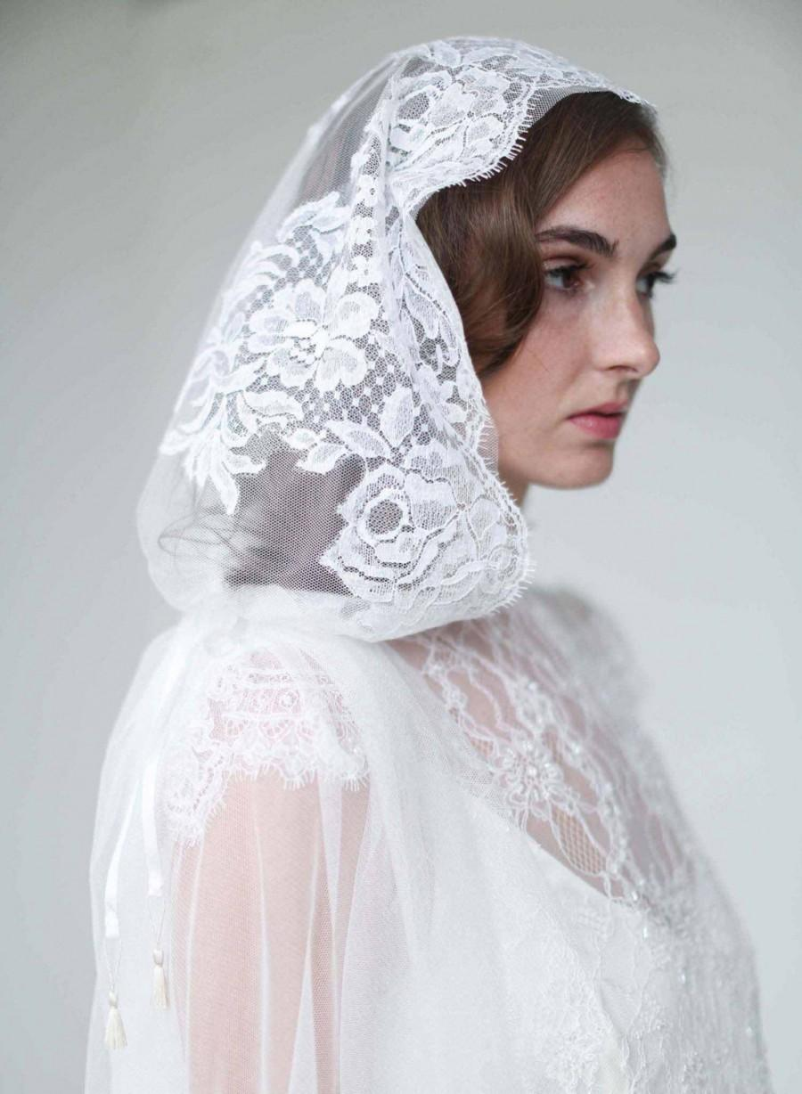 Wedding - Bridal veil - Mantilla lace trimmed veil with headband - Style 709 - Made to Order