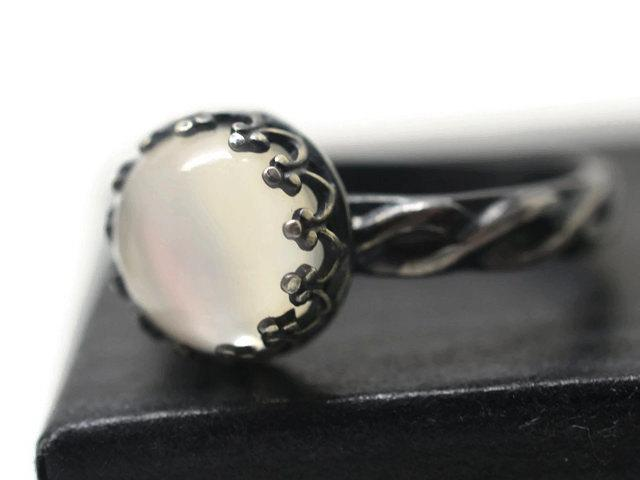 8mm Round Silver Grey Cats Eye Moonstone Cabochon For ONE