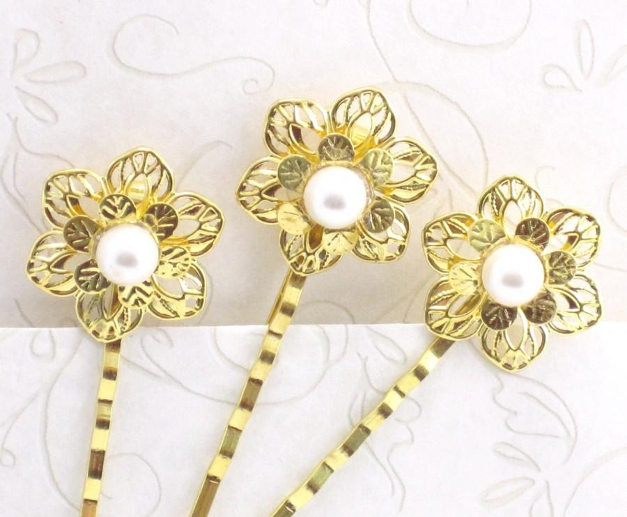 Mariage - Pearl Gold Flower Wedding Hair Pins, Bridal Bobby Pins Set of 3, Jeweled Hair Ornament, Bridesmaids Hair Pins Flower Girl Gift