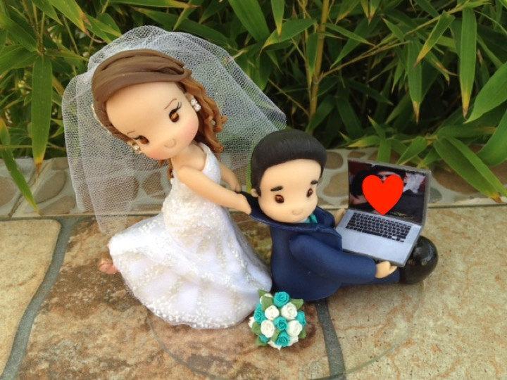 Свадьба - Personalized Cake Topper for Wedding, handmade cake topper wedding, wedding topper, topper for wedding, novios para pastel, figuras novios,