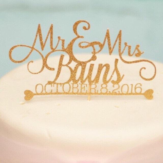 Свадьба - Custom Wedding Cake Topper, Gold wedding cake topper, Whimsical Wedding Cake Topper, Mr and Mrs