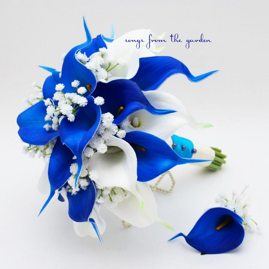 Blue and white real touch calla lily bridal bouquet grooms blue and white real touch calla lily bridal bouquet grooms boutonniere royal blue white customize for your colors real touch calla lily dhlflorist Image collections