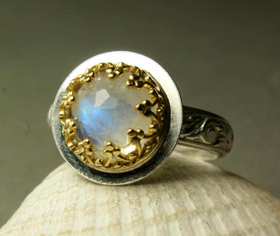 Mariage - Gold Moonstone Engagement Ring,14k Gold, Sterling Silver Floral Band, Faceted Stone, custom sized