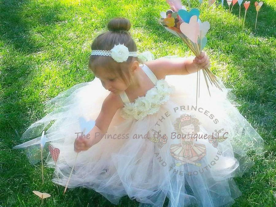 Свадьба - ivory flower girl dress, champagne tutu dress, ivory tutu dress, champagne tutu dress, girls dress, child dress, birthday outfit,