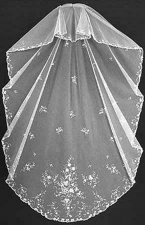 Hochzeit - Vintage & Antique 1920's  Brussels Lace Vintage Antique Heirloom Wedding Bridal Veil