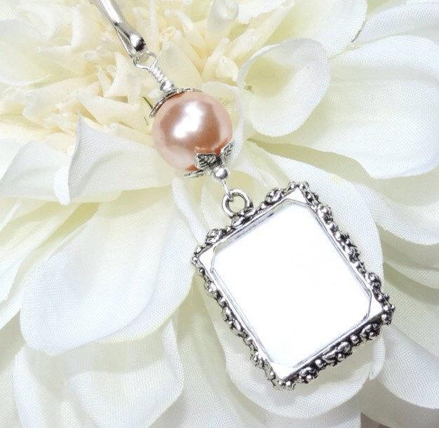 Hochzeit - Wedding bouquet photo charm with peach pearl. Wedding memory charm. Memorial photo charm - 1 or 2 sided frame. Bridal shower gift.